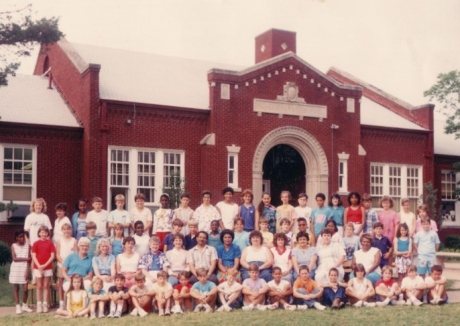 Barnard 5th grade - 1987-1988 - Clayton Fraser in back row - 8th from right