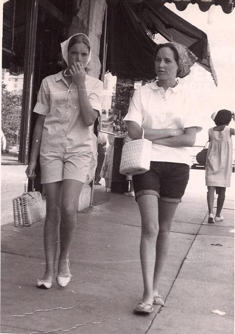 Linda & Karen - 1965